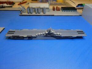 Flugzeugträger Essex (USA) in 1:1250 Hersteller Superior Nr. 506A