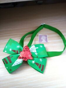NEW DOG/CAT BOW TIE, ADJUSTABLE COLLAR, CHRISTMAS BOW WITH RED TREE IN MIDDLE.