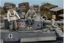 ROYAL MODEL WWII GERMAN CREW TIGER I 1:35 RM171