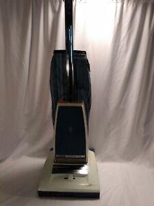 Vintage 1978 Hoover U3101 Concept One Self Propelled Upright Vacuum