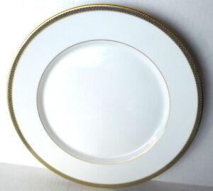 Hutschenreuther White Dinner Plate Gold Rim Trim Germany 1814