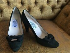 Divine Emma Hope Green Suede Court Shoes RRP £319