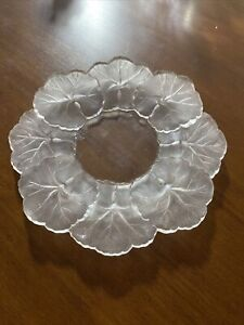 """Lalique Honfleur Frosted Crystal Dish 6"""" Diameter."""