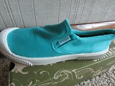 NEW KEEN SANTIAGO SLIP ON SHOES GIRLS YOUTH  5 / WOMENS 7.5 FREE SHIP