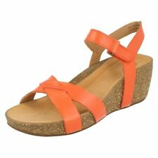 Clarks Patternless Sandals 100% Leather Heels for Women
