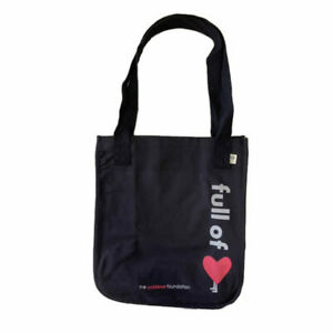 Totes to benefit kids with cancer