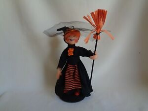 COLLECTIBLE 2013 ANNALEE DOLLS WITCH HALLOWEEN DECOR