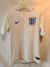 Kids England Football Shirt 2018 Size S 8-10Yrs