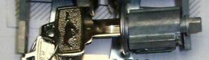 65,66 MUSTANG IGNITION LOCK Switch Cylinder with1 Pony Key & 2 Back Up Keys