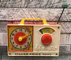 VINTAGE 1971 FISHER PRICE HICKORY DICKORY DOCK WIND UP MUSICAL RADIO CLOCK