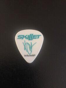 Skillet Guitar Pick