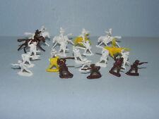 21 Vintage Rubber Cowboy Figures_3235