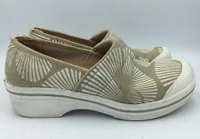 Dansko Vegan Womens Canvas Tan/white Slip Resistant Clog Size 39 US 8.5