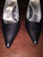 Rampage Black/ Grey Faux Leather Textured Pointed Heels Shoes Size 9 1/2 Medium