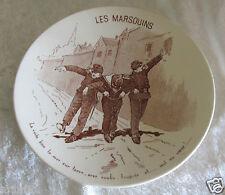 """Ancienne assiette faïence de Sarreguemines façon sépia """" Les Marsouins """""""