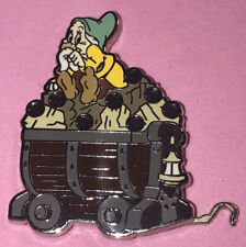 DISNEY 2014 SNOW WHITE & THE 7 DWARFS MINE CAR MYSTERY COLLECTION BASHFUL PIN