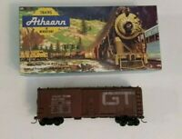 Athearn HO Gauge GTW 40' Box Car 1211 with Box Grand Trunk Western