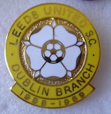 LEEDS UNITED FOOTBALL CLUB Enamel Pin Badge DUBLIN BRANCH