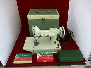 Vintage WHITE 1964 Singer 221K  Featherweight Sewing Machine Extras-Ex Cond