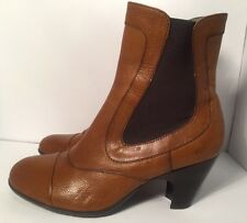 Born Crown Women's Sz 8.5 M Chestnut Brown Leather Slip On Ankle Boots Heels