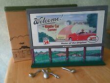 Hallmark Kiddie Car Corner Collection Bill's Board Series Welcome Sign In Box