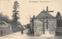 CPA 76 LONGUEVILLE PLACE DU CALVAIRE (cliché pas courant