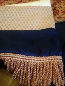 Country house designer throw and cushion set
