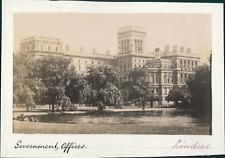 Angleterre, Londres, Les bureaux du Gouvernement Britannique, ca.1875, vintage a