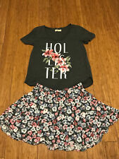 Hollister Skirt Size Medium and Size Xs Matching V-neck Top