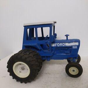 1/12 Ertl Farm Toy Ford 9600 Tractor