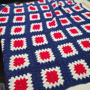 Vintage Handmade Crochet Red Blue Granny Square Afghan Blanket Throw 55X55