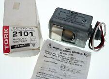 "TORK 2101 Photo Control Sensor 1/2"" Conduit Mount"