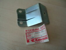 11034 1505 Genuine Kawasaki nos Z650 Z 650 F Soporte Reflector Trasero Modelos