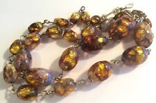 Attractive vintage 1930s opalescent foil glass bead & gold-tone wire necklace