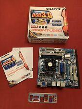 GIGABYTE GA-MA785GMT-USB3. With I/O shield
