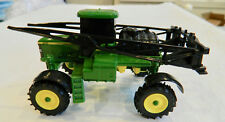 ERTL JOHN DEERE CROP SPRAYER TRACTOR 1/64 METAL