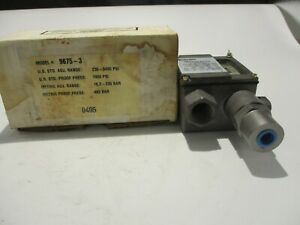 NEW BARKSDALE  9675-3 PRESSURE SWITCH