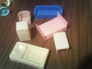 doll house furniture vintage plastic 6 pieces frig bed couch chair table