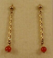 9 ct GOLD TWISTED WIRE DROP EARRINGS WITH  CARNELIAN BEAD