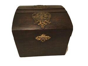 "Antique Vtg 1800's AUSTRIAN Wood & Satin Lined COURT BOX COLLAR BOX - 6 X  7.25"""