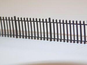 6ft wrought iron railings N gauge fencing 1:148 fence kit - 165cms model railway