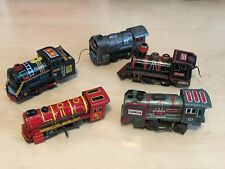 5 x Vintage Tin Plate Battery Operated & Clockwork Japanese Locos / Trains