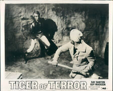 SANDOKAN TIGER OF TERROR RAY DANTON GUY MADISON FIGHT