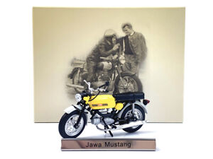 1/24 Atlas Jawa Mustang Motorcycle Model