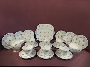 SHELLEY, PATTERN 13424 ROSES PANSIES AND FORGET-ME-NOT'S, 21 PIECE TEA SET