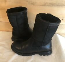 UGG Brooks 5381 Sheepskin Boots Black Leather Suede Womens Size 6
