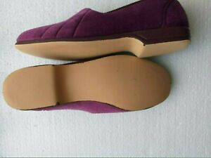 WELL MADE TRADITIONAL SLIPPERS SIZE 8 E MADE IN SPAIN VINTAGE STYLE NEW IN BOX