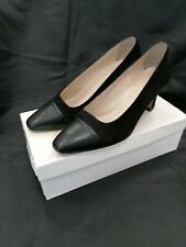 MONIQUE BLACK SUEDE & LEATHER COURT SHOES SIZE 6 USED - BOXED