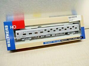 Walthers HO 932-6367 Burlington 85' BUD 24-8 Slumbercoach Sleeper CB&Q LN/Box