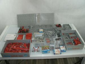 Fischer Technik 1000 Kasten mit diversen Teilen und Motoren und Batteriestab